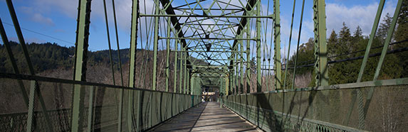 sonoma county pedestrian bridge